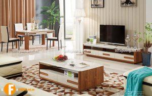Mẫu bàn trà có kiểu dáng đơn giản phù hợp với những phòng khách hiện đại